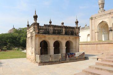 Musalla at Qutb Shahi Tombs